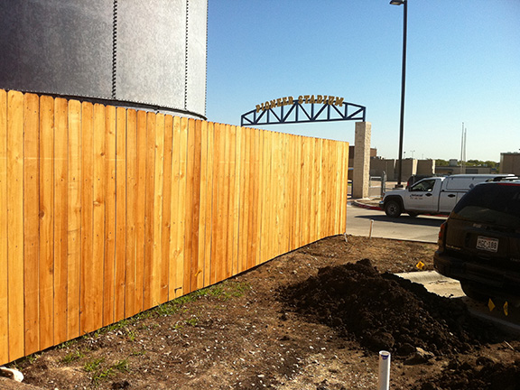 Universal Fence Co Wood Fencing